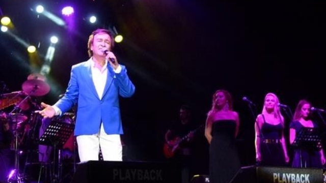 Erol Evgin, Bodrum Konserinde Zeki Müren'i Andı